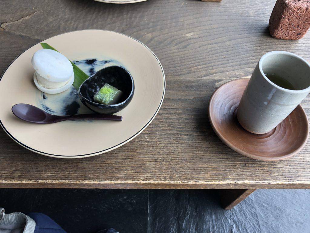 石亭の茶菓子@ロビーラウンジ
