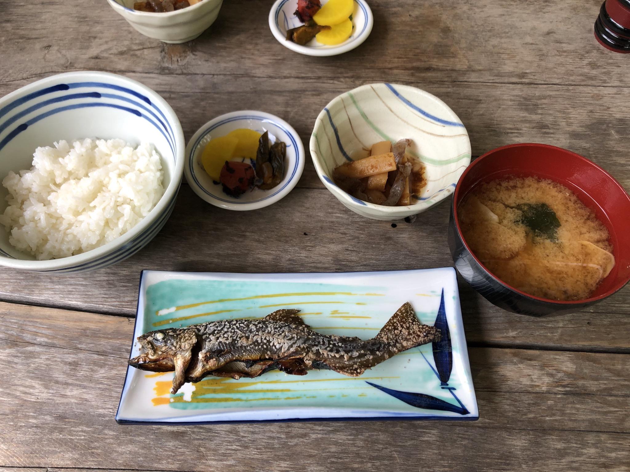 岩魚の塩焼き定食(1,600円)